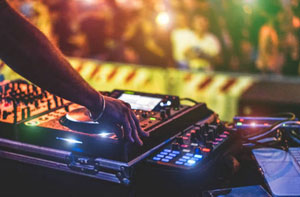 Disc Jockey London (SW1)